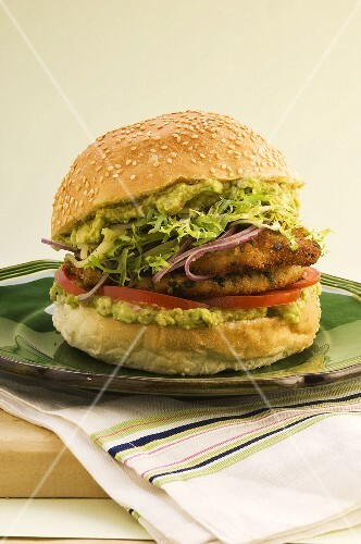Pork escalope burger with guacamole