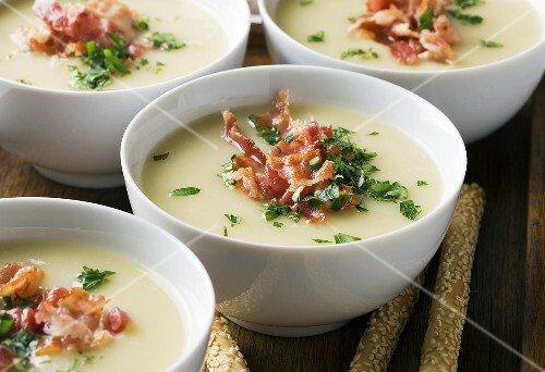 Celery soup with bacon and parsley