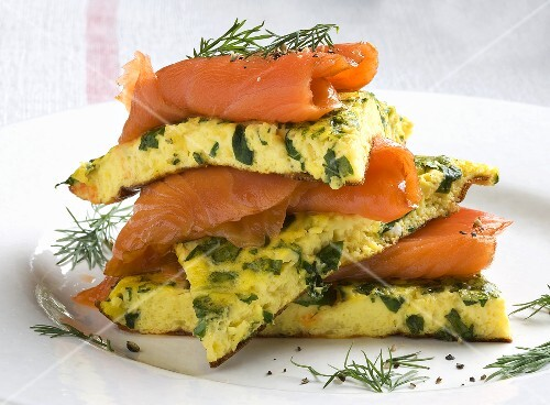 Basil omelette with smoked salmon