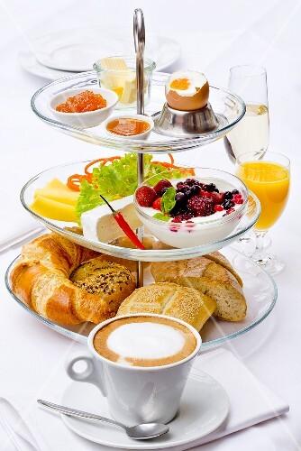 Französisches Frühstück mit Cafe au Lait