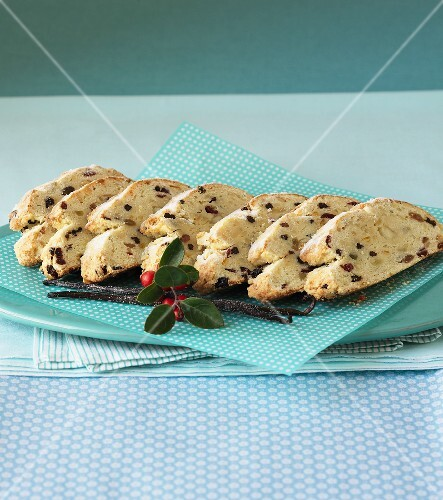 Sliced Stollen on a blue and white polka dotted serviette