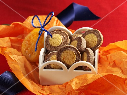 Chocolate-orange cookies for gift giving