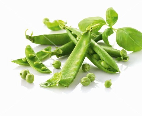 Peas with pods and basil