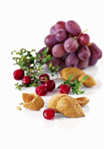 Grapes, cranberries and almonds