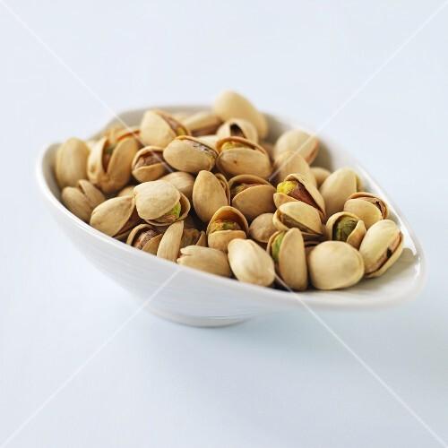 A bowl of pistachios
