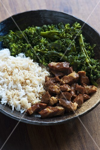 Thit kho trung (caramelised pork, Vietnam) with rice and broccoli