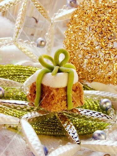 Nut and marzipan parcels