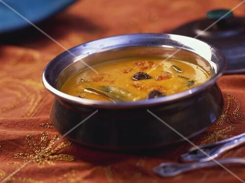 Moong rai dal (Indian dish with mung beans)