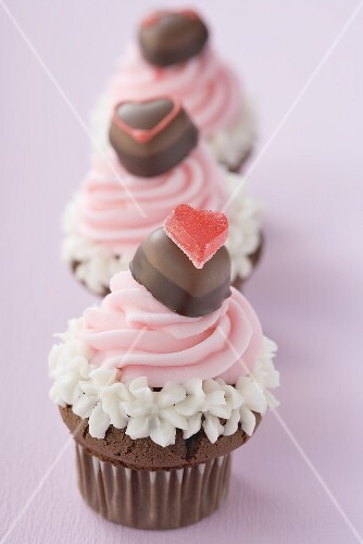 Three cupcakes for Valentine's Day in a row
