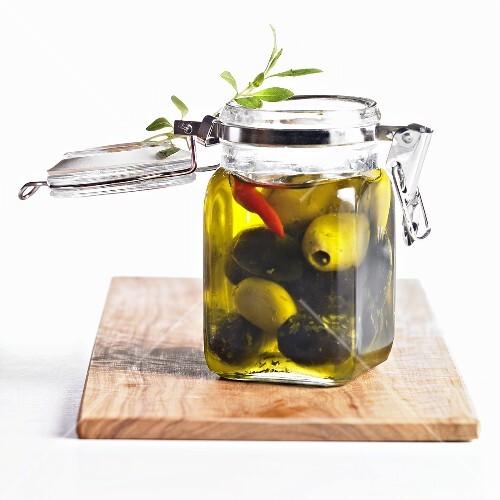 Pickled green and black olives