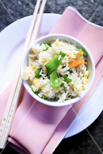 Egg rice with vegetables (China)