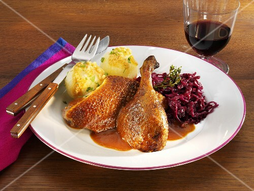 Crispy duck with red cabbage and potato dumplings