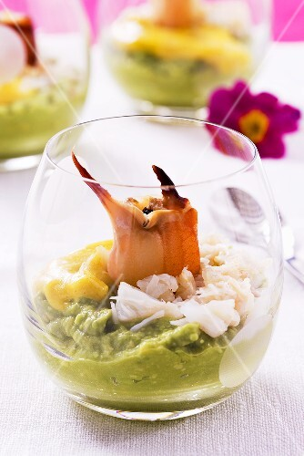 Guacamole with crab