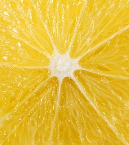 The cut surface of a lemon