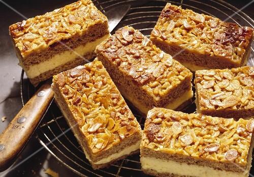 Bee-sting cake