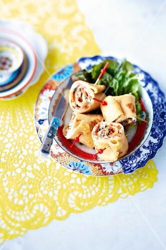 Crepe rolls filled with vegetables