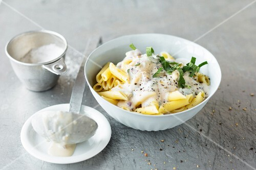 Pasta Quattro Formaggi (penne with cheese sauce)