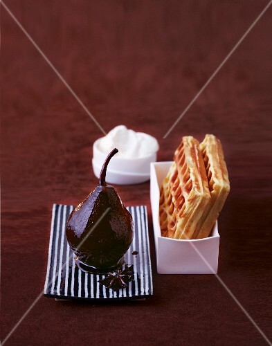 Mulled wine pears with Belgian waffles