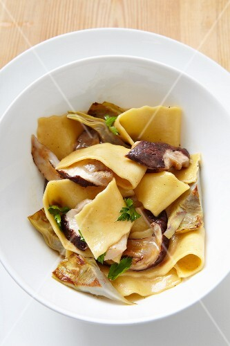 Pappardelle with mushrooms and artichokes