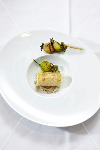 Sole on white cabbage