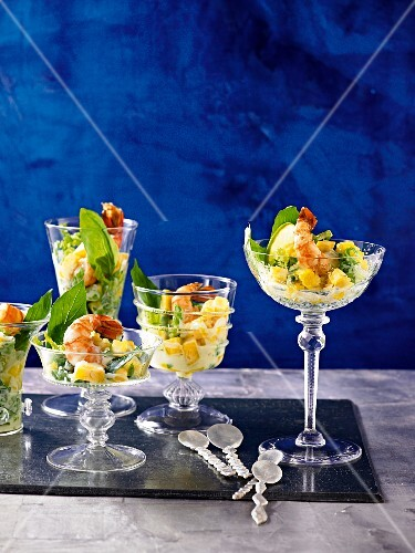 Exotic prawn cocktails with mango