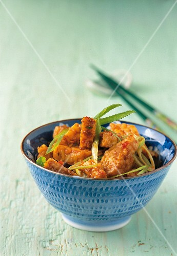 Fried tempeh with spring onions