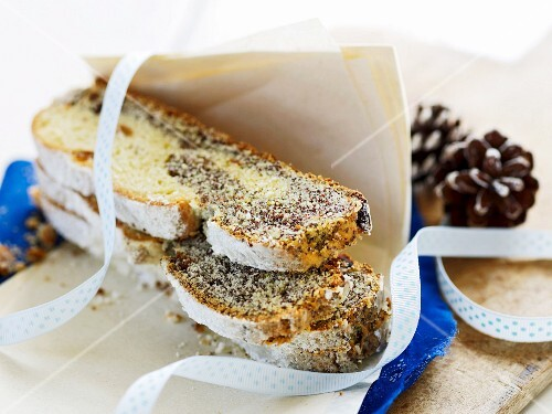 Poppyseed and orange stollen