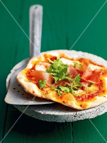 A Parma ham and rocket pizza
