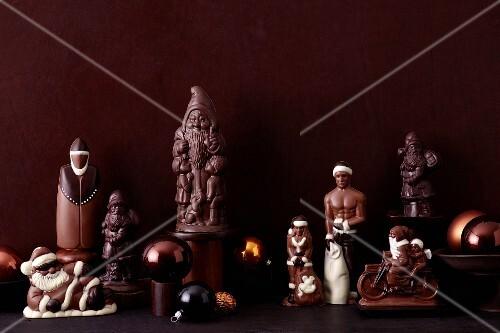 Various chocolate Father Christmases