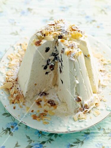 Ice cream panettone, sliced (Italy)