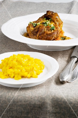 Veal knuckle with fennel and mint gremolata served with saffron risotto (Italy)