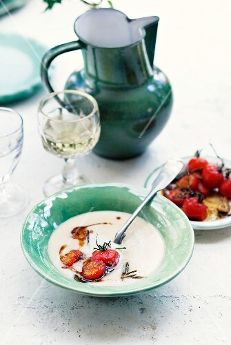 Cream of bean soup with caramelised cherry tomatoes