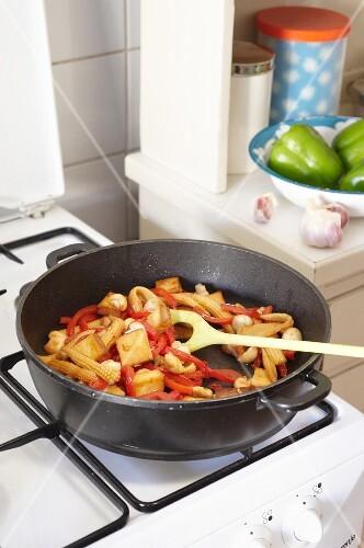 Oriental stir-fried vegetables with tofu