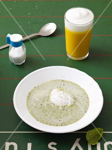 Cream of basil soup and a pumpkin cappuccino