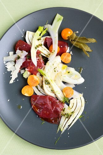 Fennel and physalis salad with bresaola
