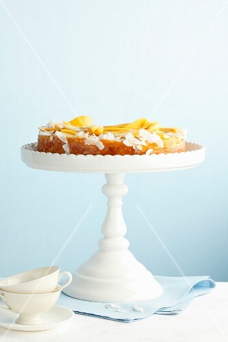 Rice cake with coconut and mango