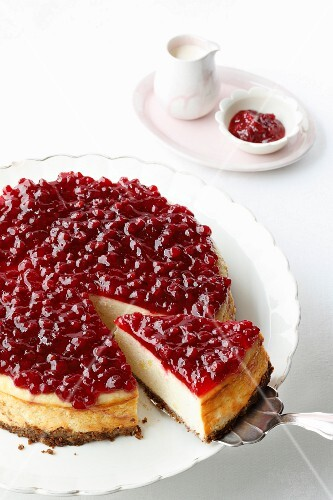 Potato cheesecake with cranberries