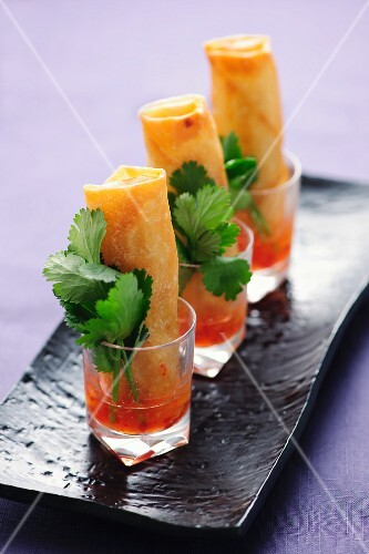 Spring rolls in chilli sauce (Asia)