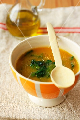 Stinging nettle soup with olive oil