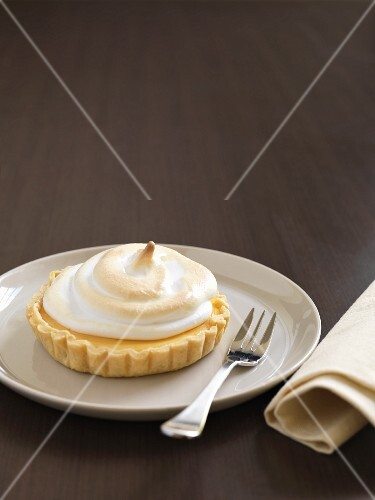 Lime tartlet topped with meringue