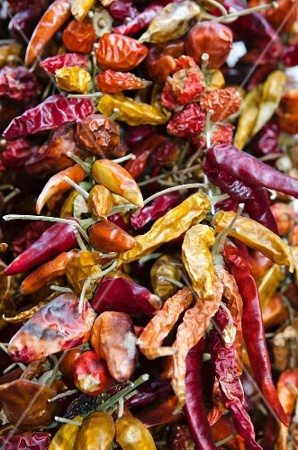 Dried chilli peppers (full frame)