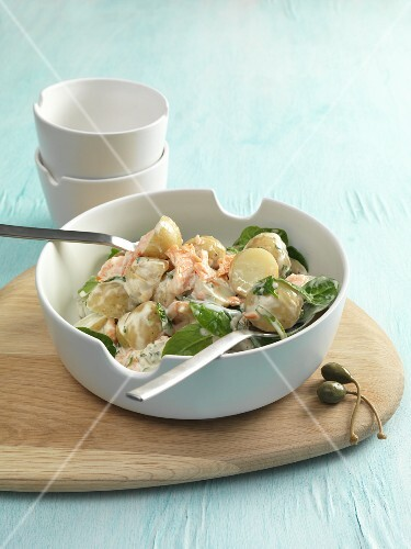 Warm potato salad with smoked salmon and spinach