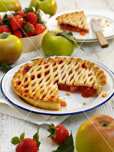 Strawberry and apple pie