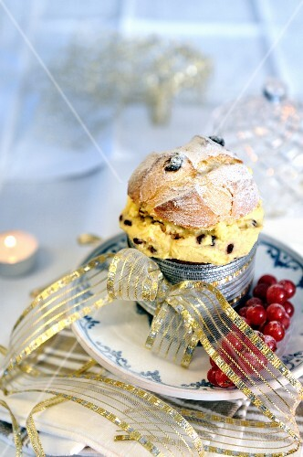 A mini panettone filled with mascarpone cream