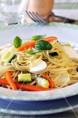 Capellini with zucchini, carrots and mozzarella