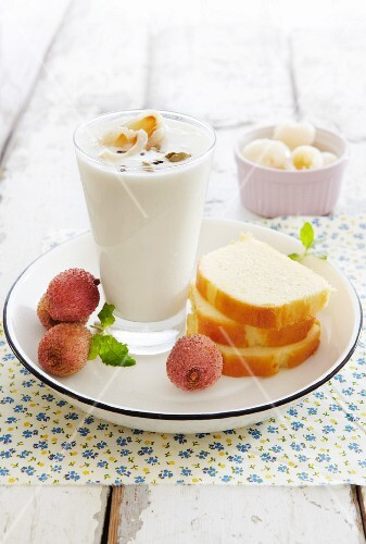 Lychee and cardamom lassi with cake