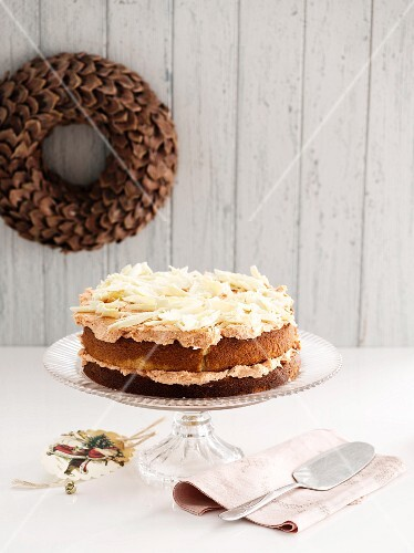 White chocolate and guava cake