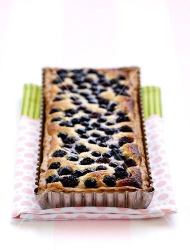 Blueberry and blackberry tart