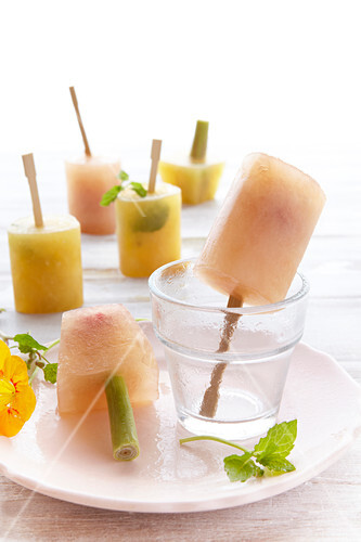 Ice lollies made with tea and fruit juice