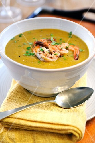 Pumpkin soup with garlic prawns